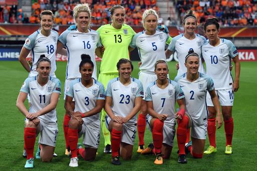 W杯制覇目指す女子イングランド、海兵隊との訓練で固めた決意