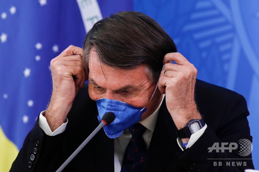 対コロナ隔離措置は「焦土作戦」、ブラジル大統領が非難