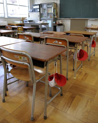 新型インフル、大阪・兵庫で4043校が休校 感染者は163人