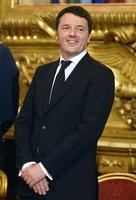 伊レンツィ内閣発足、経験不足に不安の声も