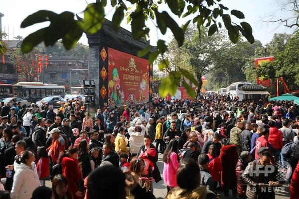 春節期間中の中国人観光客のべ4億人超と予測 海外旅行は700万人