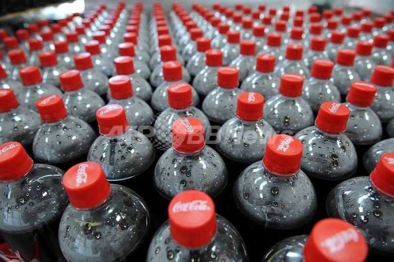 「北朝鮮でもコカ・コーラ買える…高価だが」、脱北者語る