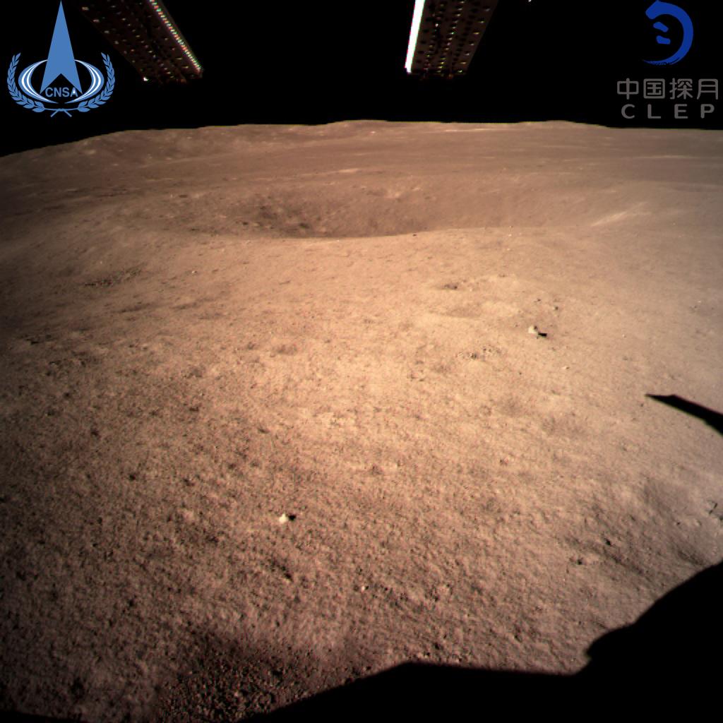 中国の科学者ら、月の表側と裏側の厚さの違い解明