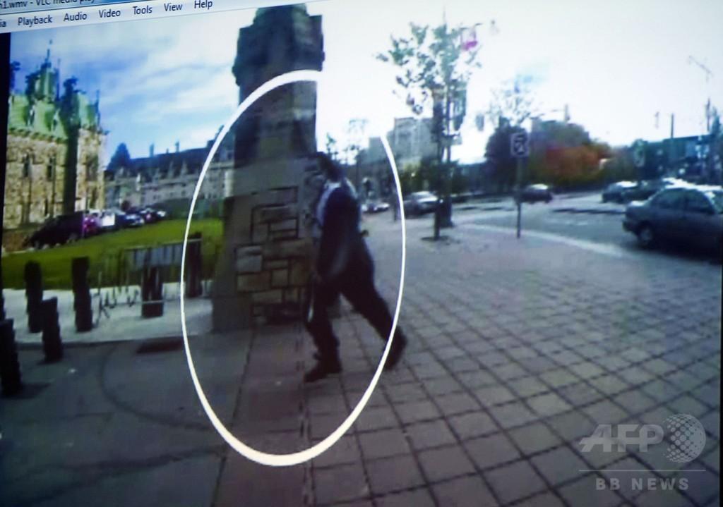 「息子はテロリストではない」 カナダ銃撃容疑者の母親が声明
