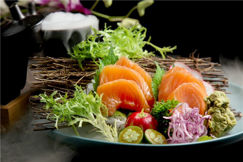 日本料理店 中国の二、三線都市で盛んに