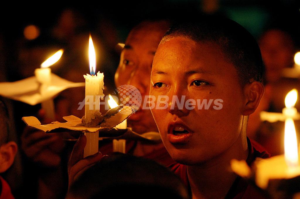 チベット亡命議会、騒乱での死者は「数百人」