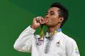 孫のメダル獲得に歓喜し死去、タイ重量挙げ選手の祖母 リオ五輪