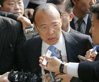 ハンファ財閥会長、息子のけんか報復で警察に出頭 - 韓国