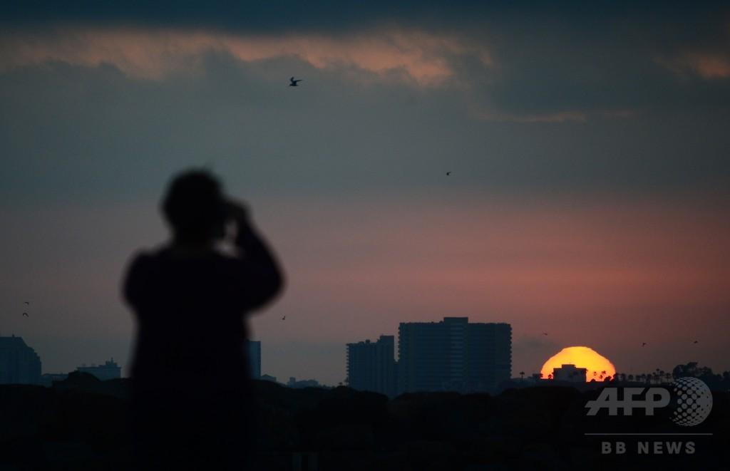 オゾン層、今世紀半ばに回復の見通し 国連報告書