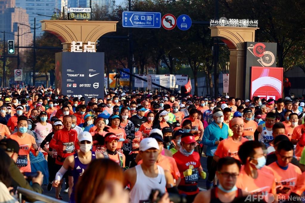 上海マラソンに9000人のランナー出場、コロナ禍に対抗