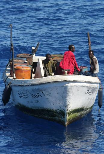 ソマリアの海賊、インド洋で貨物船を乗っ取り