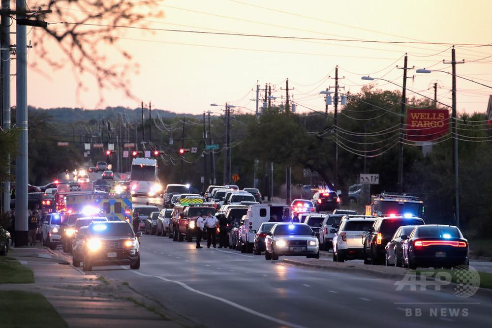 米テキサス州で爆発 男性1人搬送 連続爆弾事件とは無関係