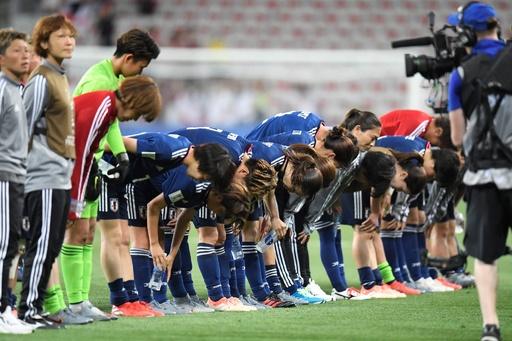 日本がイングランドに黒星、16強でオランダかカナダと対戦 女子W杯
