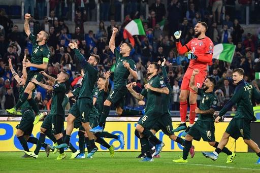 イタリアが7連勝で本大会へ、スペインは敵地でドロー 欧州選手権予選