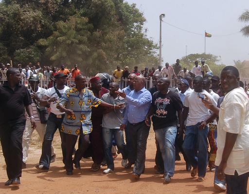 ギニアビサウ、軍兵士が首相を一時拘束