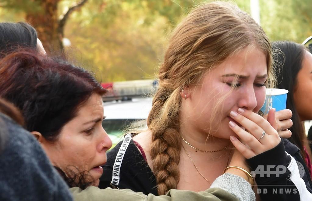 米ロサンゼルス銃撃事件の16歳容疑者、搬送先で死亡 動機は不明