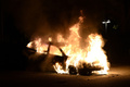 ストックホルムで3夜連続の暴動、車や学校に放火