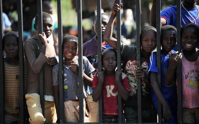 「保護者が消えた子供たち」が語る虐殺の光景 中央アフリカ