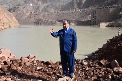 中国、タジキスタンにアルミ工場建設へ 近隣諸国で影響力強める