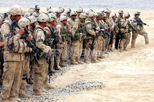 カナダ、2011年にアフガニスタンから軍撤退へ