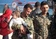 包囲下のシリア住民退避、厳戒下で再開 自爆攻撃後初