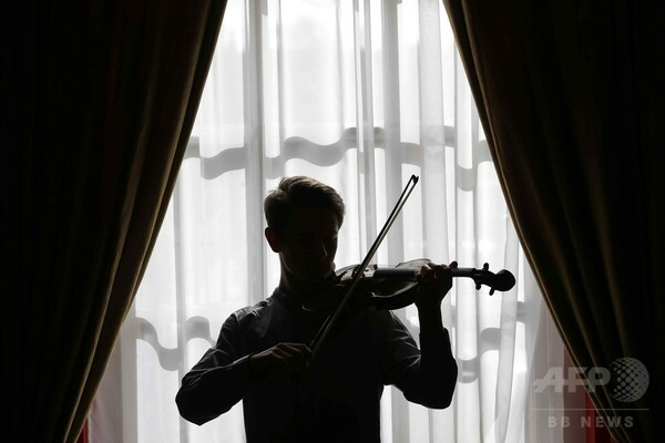 ストラディバリウスは無用? 新しいバイオリンの方が「音が良い」 研究