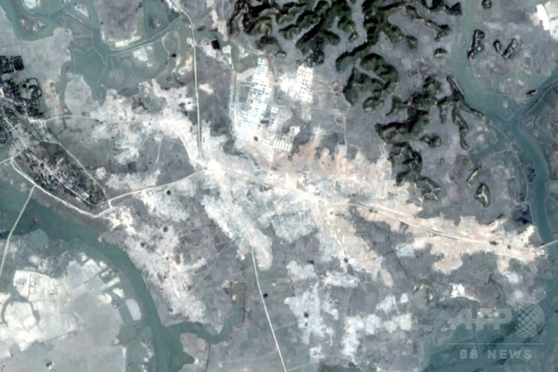 ミャンマーのロヒンギャ集落55か所が更地に、人権団体が非難