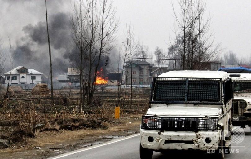 カシミールで銃撃戦、インド兵ら9人死亡