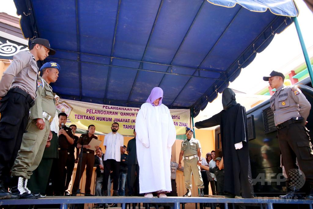 酒販売の女性キリスト教徒に公開むち打ち刑 インドネシア