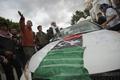 リビア東部、反体制派が掌握 軍兵士の「寝返り」背景に