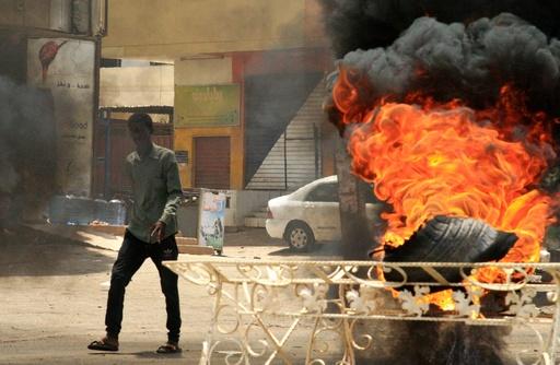 スーダン暫定軍事評議会 「デモ指導部との合意破棄、9か月以内に選挙実施」