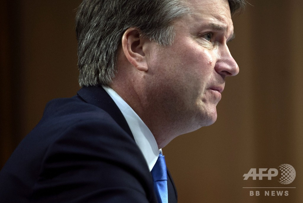 最高裁判事候補の告発者は「酔っ払い」で「混乱していた」 トランプ大統領