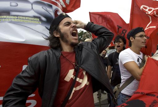 コスタリカ大統領仲介による交渉再開、ホンジュラス情勢