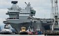 英新空母クイーン・エリザベスが初の試験航海 「最大最強」の軍艦