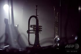 小児性愛のトランペット奏者、演奏会場で襲われ死亡 アルゼンチン
