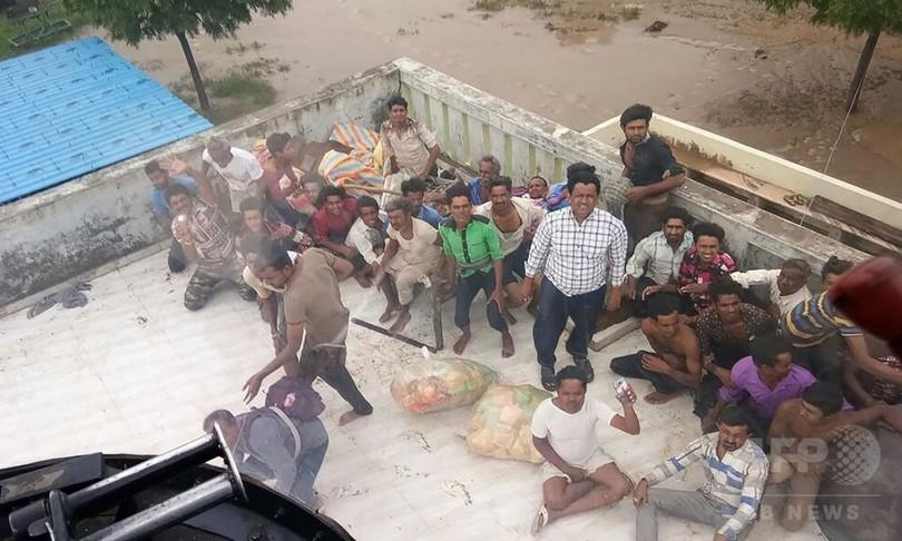 インドで洪水被害が拡大、グジャラート州だけで213人死亡
