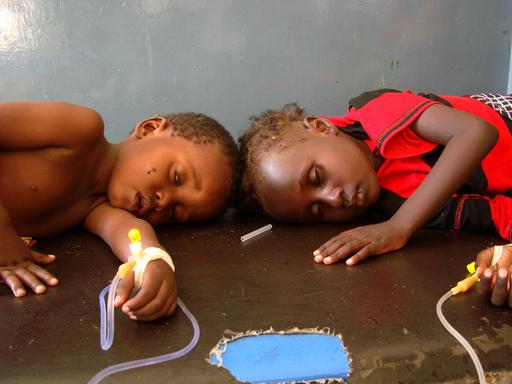 ソマリアへの緊急食糧支援が本格化