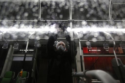 新型コロナ、世界の新規感染が中国上回る 南米にも拡大