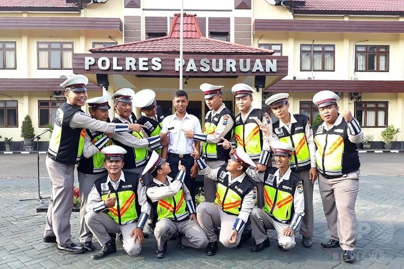 無免許運転で検挙された「警察」さんが警察に就職、インドネシア