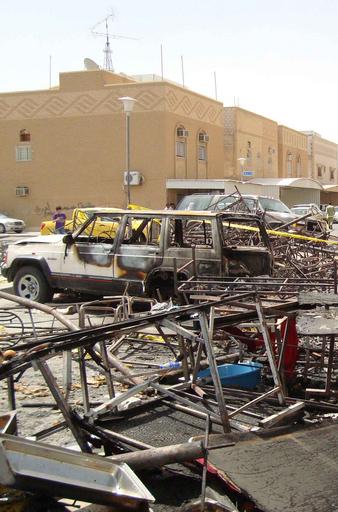 クウェート結婚式場火災、元妻の放火か 死者は43人に