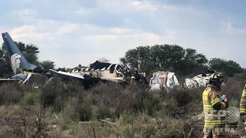 メキシコ北部で旅客機が墜落、97人負傷 死者なし