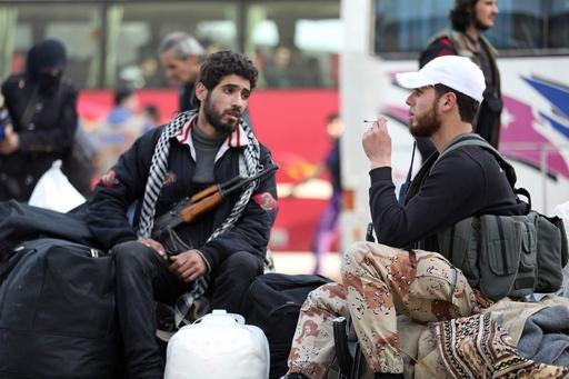シリア首都でISが奇襲、政権側戦闘員62人死亡