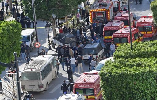 チュニジア首都で女が自爆、20人負傷 襲撃発生は3年ぶり
