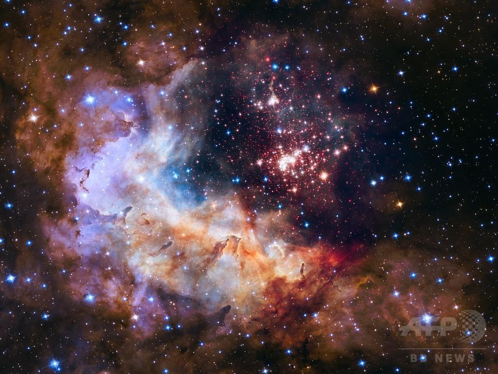 ハッブル望遠鏡、打ち上げから25年 記念画像を公開