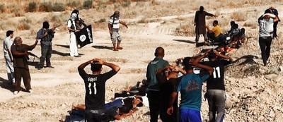 イスラム武装勢力、イラク治安部隊の「処刑写真」公開