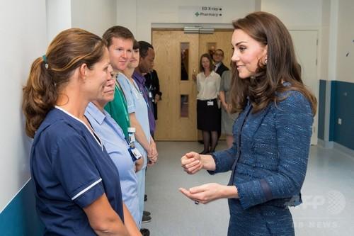 英キャサリン妃、襲撃事件の負傷者が入院の病院訪問