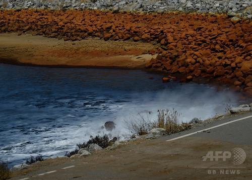 石油掘削排水を農業用水に転用、発がん性物質などリスクに警告 米カリフォルニア州