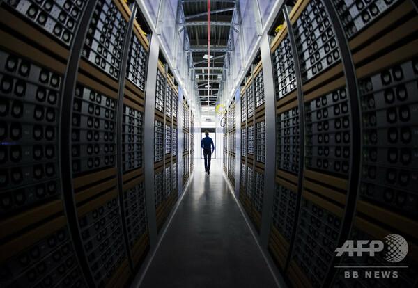 米で使用の電子機器にコメ粒大のチップ、中国が情報窃盗に利用と米報道