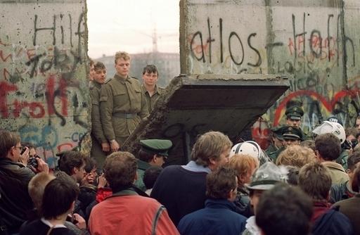 ドイツ人の5人に1人が「ベルリンの壁があった方がよかった」