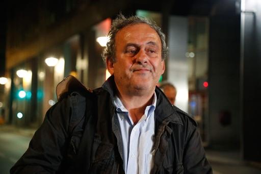 プラティニUEFA前会長を釈放、カタールW杯招致の汚職捜査で